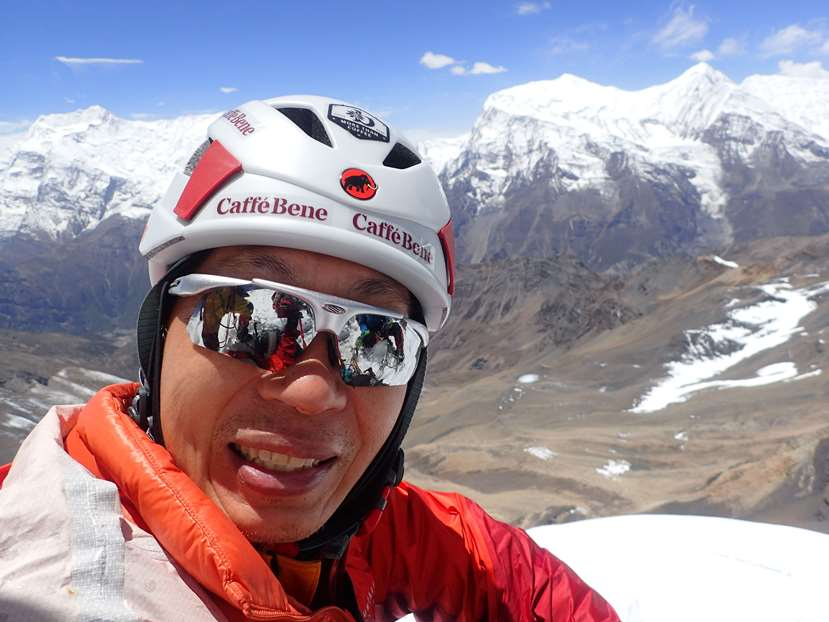 Veteran Mountaineer David Lim Scales 6,000m Peak in Nepal