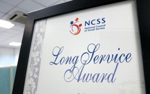Long service award for two spd board members spd singapore photo of long service award yadclub Gallery